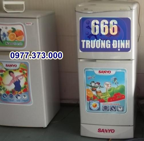 tủ lạnh 120 lít, 2 ngăn, làm đá nhanh, chạy êm giá 1.4 triệu