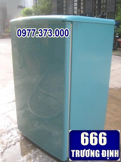 tủ lạnh cũ 50 lít, giá 1.1 triệu, làm được đá, lạnh nhanh, vận hành êm ái.