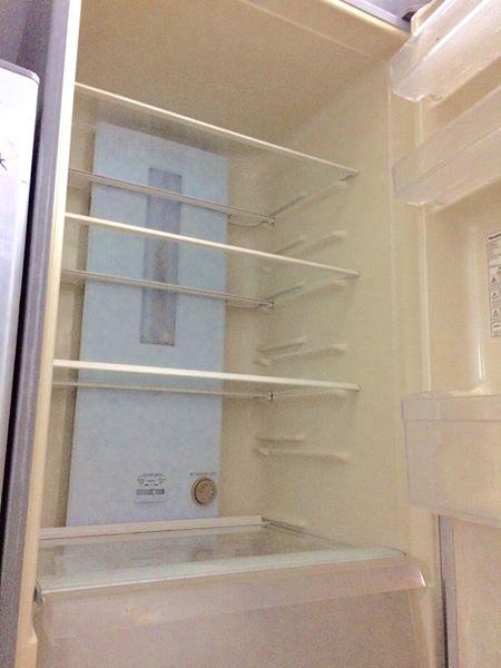 Tủ lạnh panasonic Thái xịn 342 lít, ngăn đá bên dưới.
