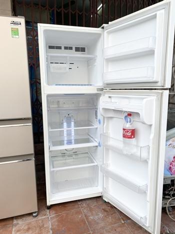 tủ lạnh LG 346 lít nhập khẩu Indonesia