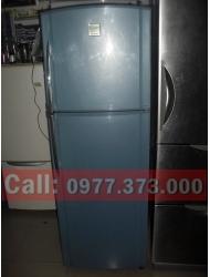 Tủ lạnh Toshiba 220 lít không đóng tuyết