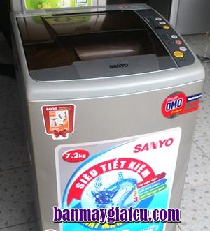 Bán máy giặt Sanyo cũ 7.2Kg (Model 2012)